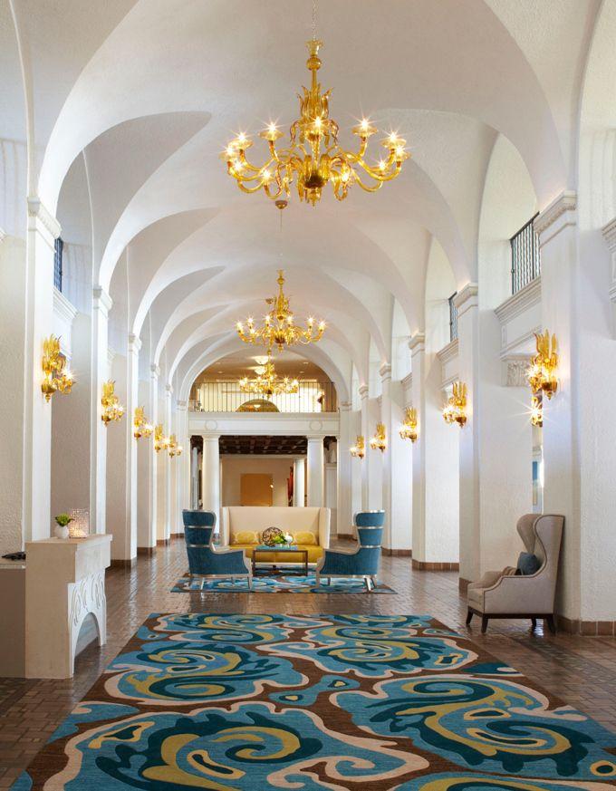 The Newly Renovated Vinoy Renaissance St. Petersburg Resort U0026 Golf Club.  Located On Tampa