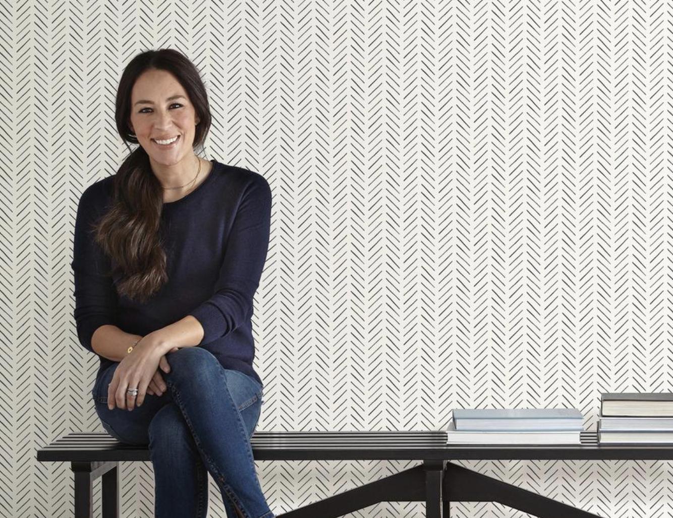 56 sq. ft. PickUp Sticks Wallpaper in 2020 Magnolia