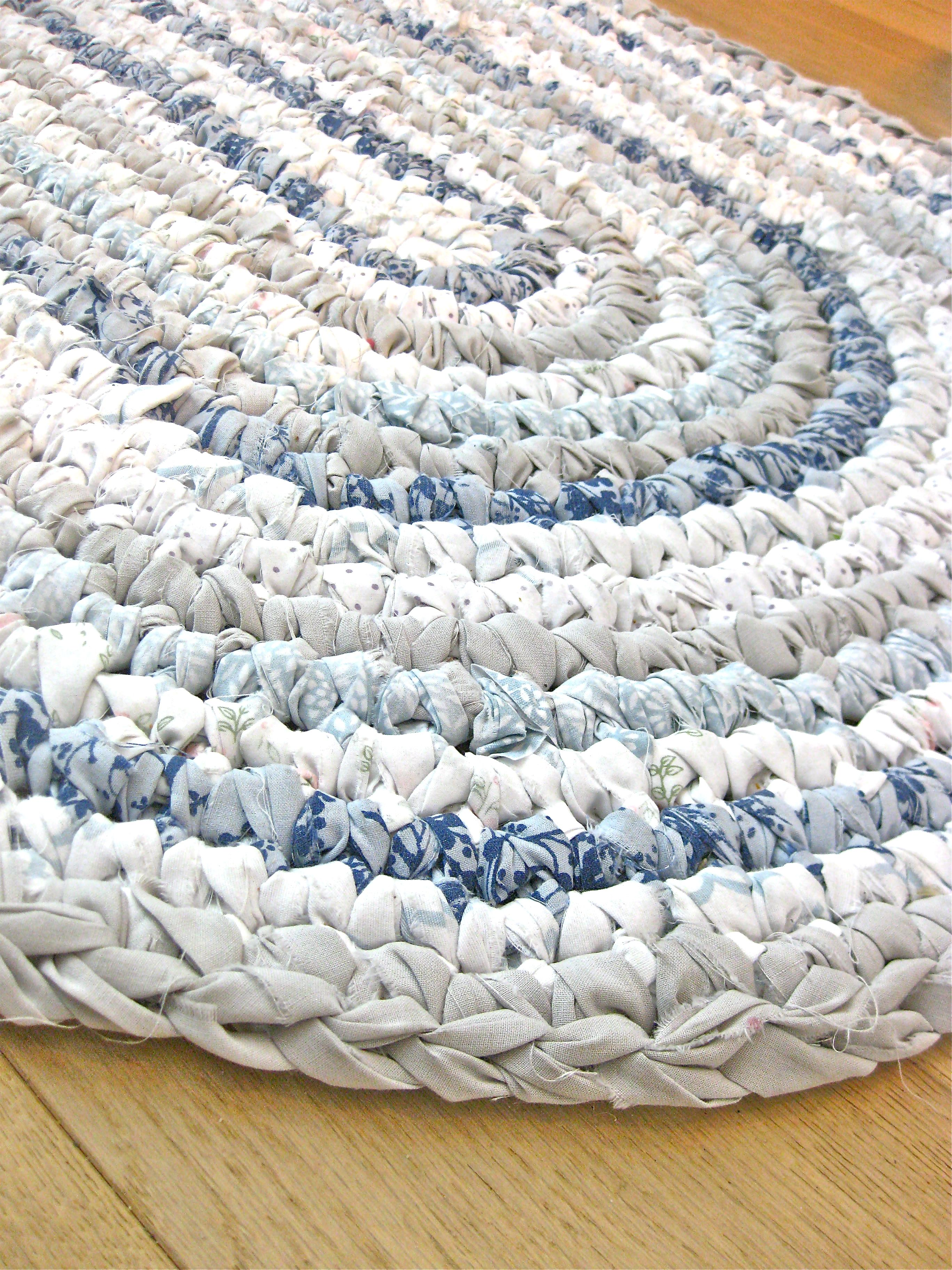 Unique Rag Rugs Design For Your Family Room: Contemporary White Rag ...
