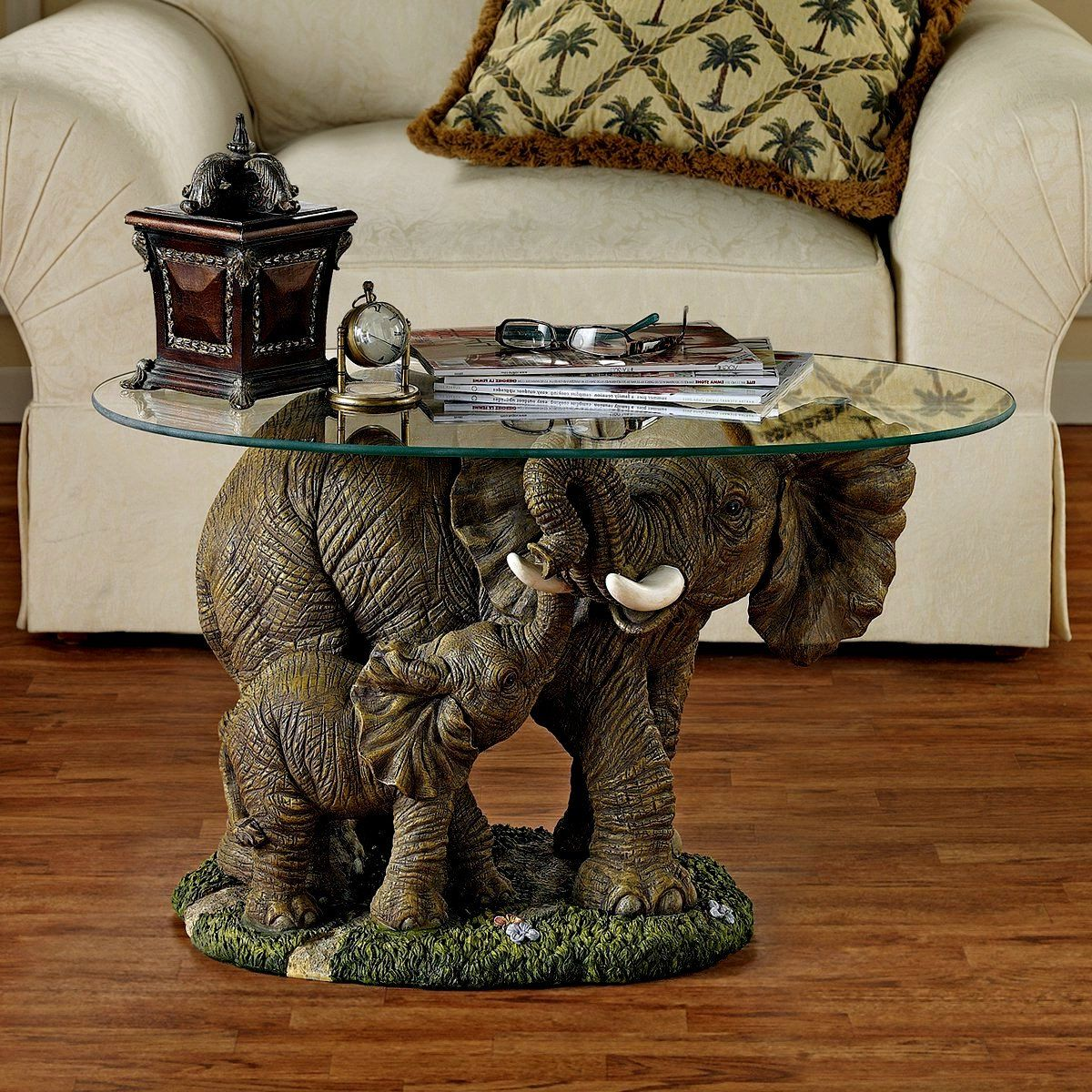 Elephant Coffee Table Is Ideal For Your Office Home And Adds To Your Room S Style Due To Its Exquisite Un Elephant Decor Elephant Home Decor Design Toscano Living room table elephant