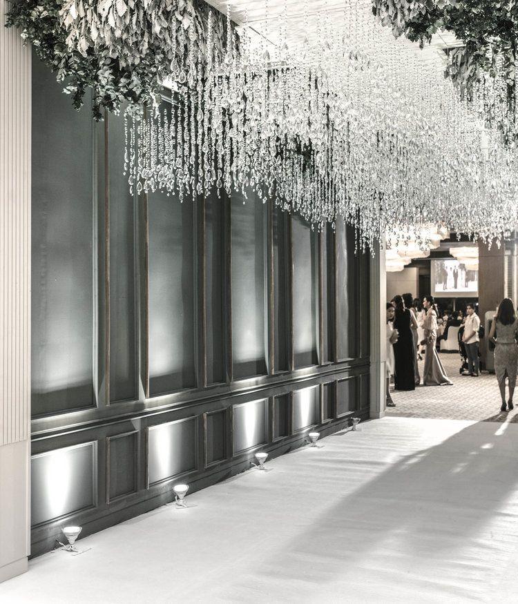 Beautiful Indoor Wedding Ceremony: Beautiful Wedding Decor
