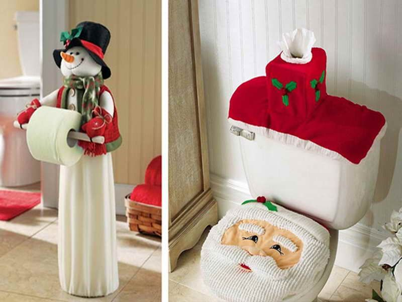 Holiday Decor -- Christmas Bathroom