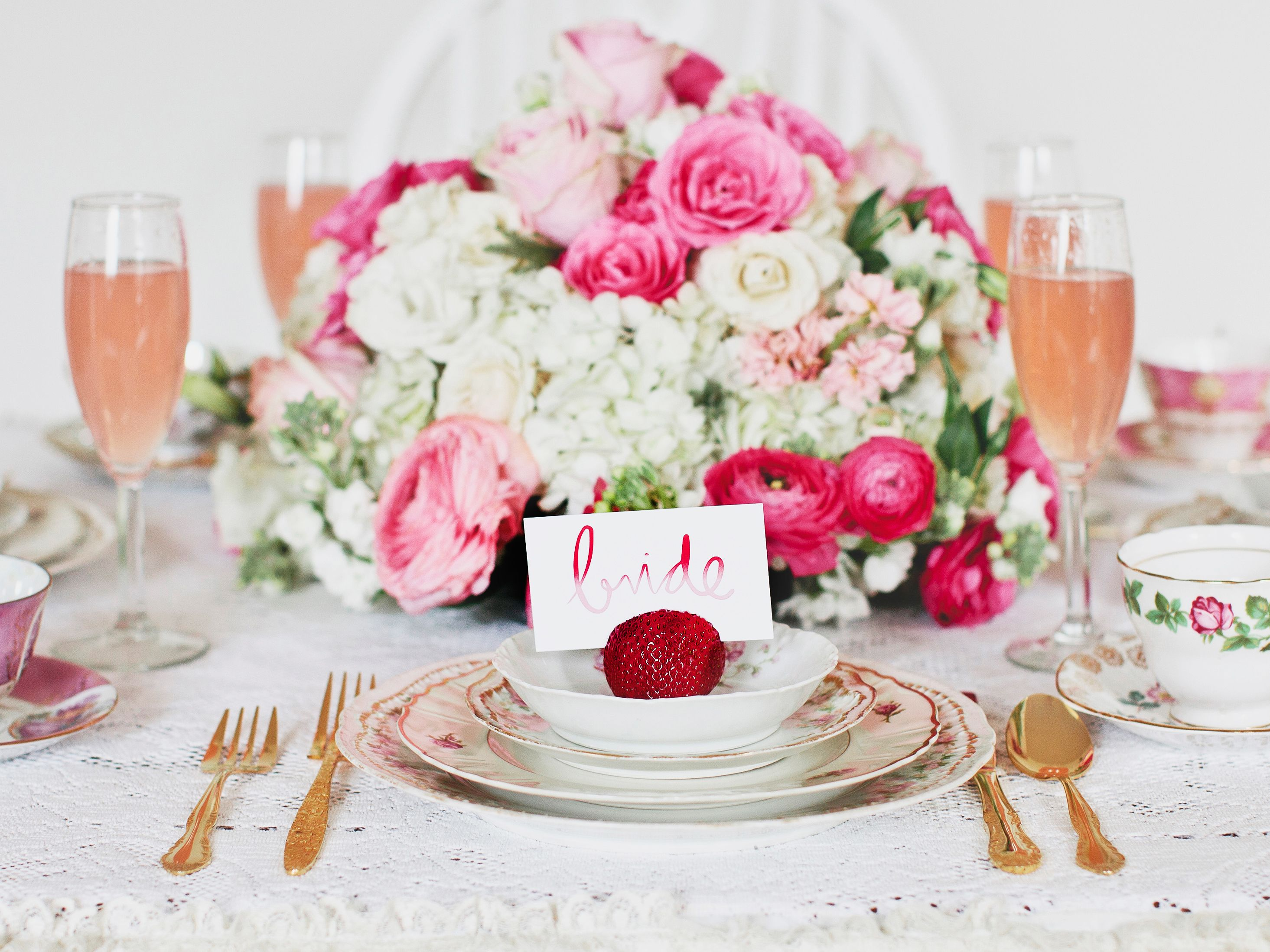 gifts to give for bridal shower games%0A MustRead Steps to Planning an Amazing Bridal Shower
