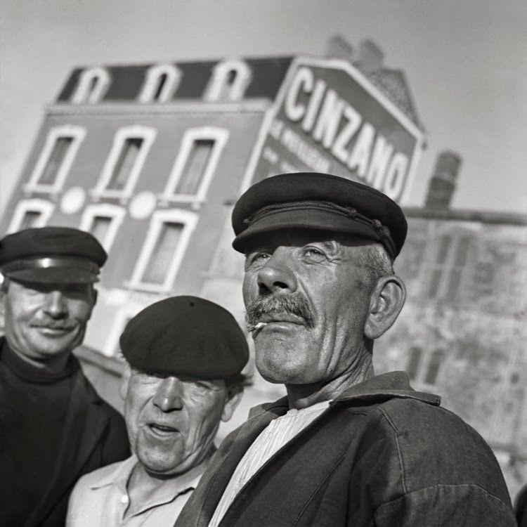 Tres hombres. Marsella, Francia 1938 / Foto: © Nicolás Muller_www.stylefeelfree.com