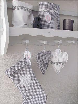 christmas deco n hk stchen pinterest weihnachten n hen weihnachten und weihnachtsstrumpf. Black Bedroom Furniture Sets. Home Design Ideas