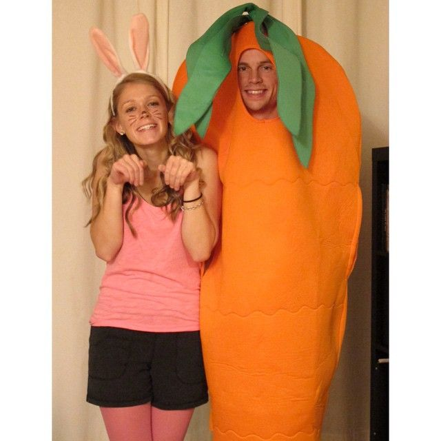 Me And My Carrot Bunny Carrot Halloween Couplescostume Yum - 28 awesome halloween costumes couples