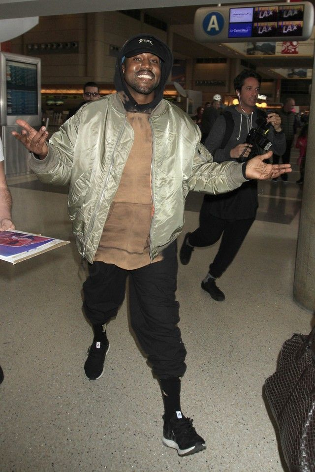 a6b028180 Kanye West wearing Supreme Siouxsie Hoodie Tie Dye