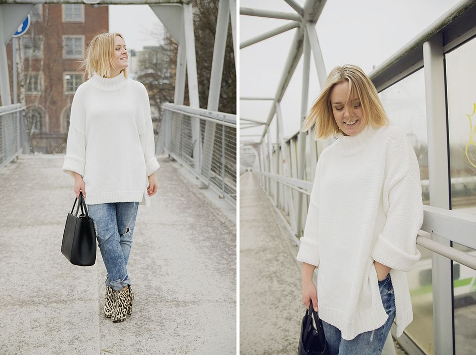 Huge white chunky knit, leopard ankle boots, boyfriend jeans