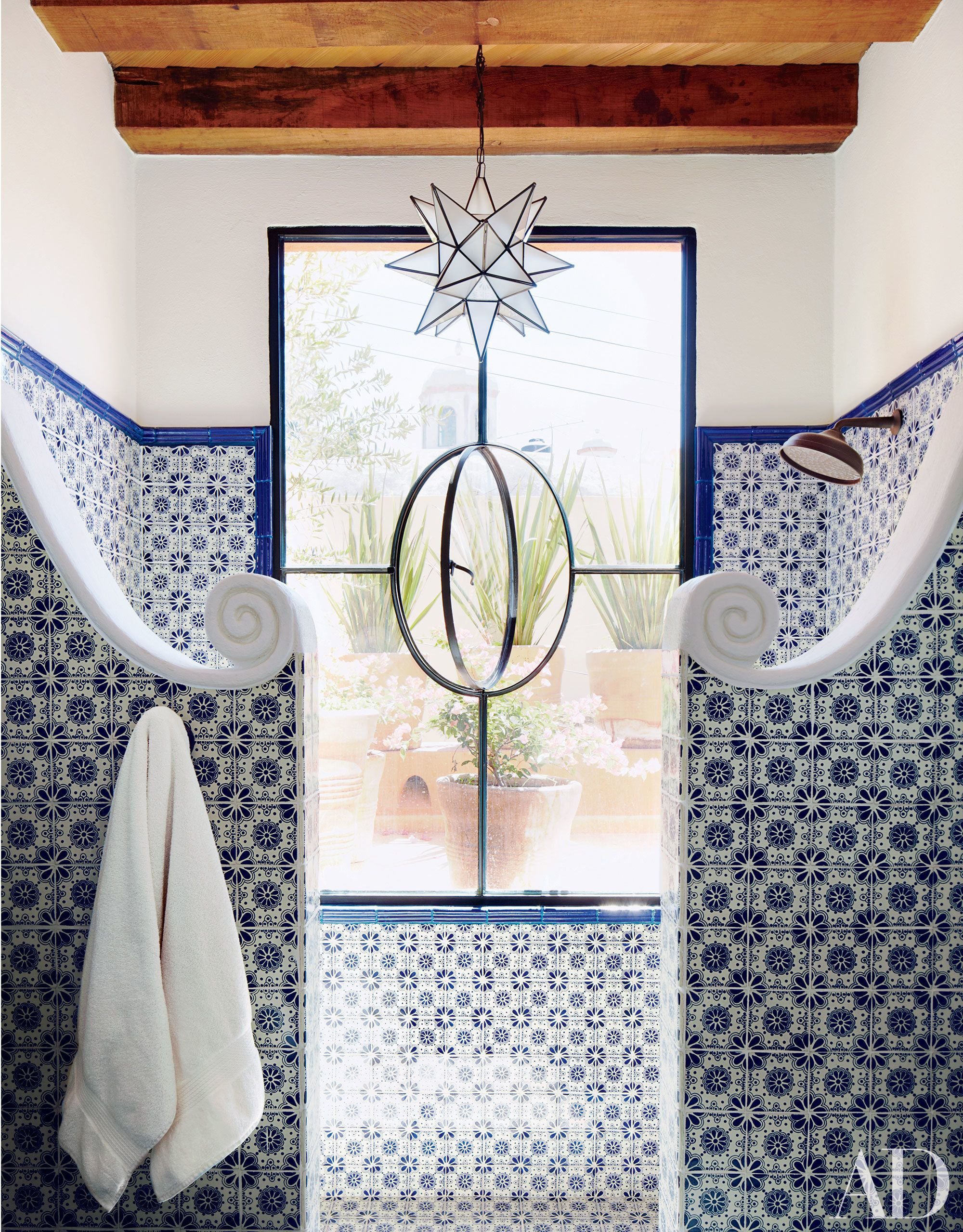 21 Guest Bathrooms That Will Impress Any Visitor | Pinterest | Guest ...