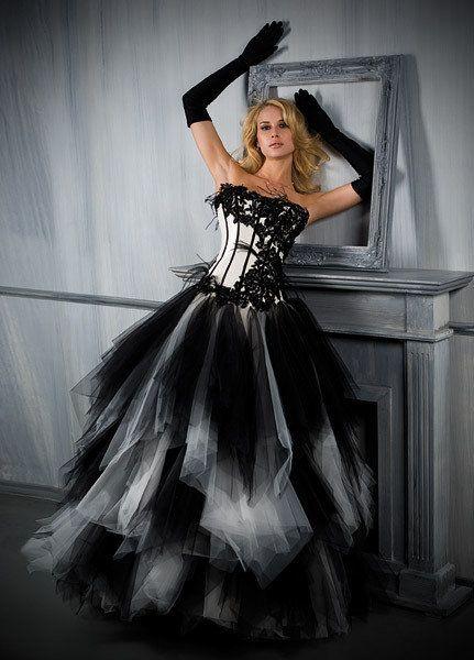 vestido de novia gótica … | i love venice en 2019…