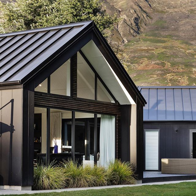 We Love This Modern Take On The Ski Chalet The Stria Cladding In Black Is Perfection Is It Ski Season Yet Modern Barn House Gable House Gable Roof House