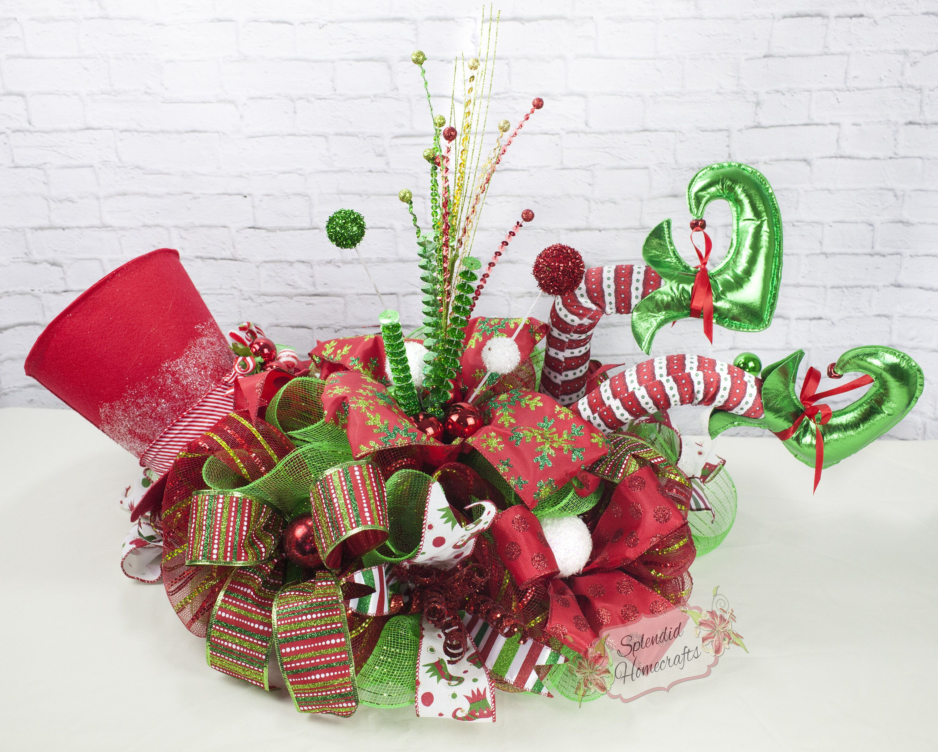 Top hat elf centerpiece christmas