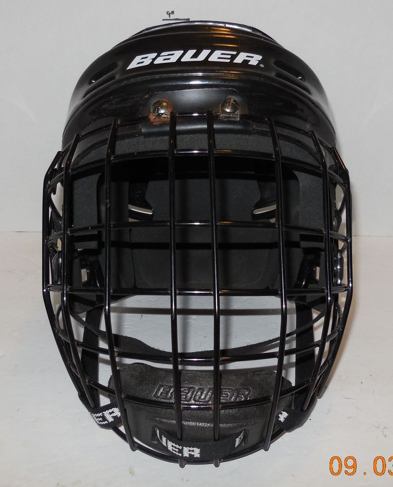 Bauer Hh500l Hockey Helmet With Fm2000 L Face Mask Ebay Link Hockey Helmet Face Mask Helmet