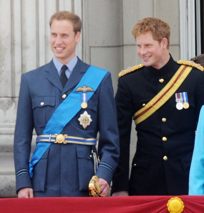 ♔Brothers♔Prince Harry♔Prince William join Queen Elizabeth II on the  balcony of Buckingham Palace during Trooping The Colour on June