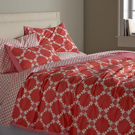 lino ii dark grey linen sheets and pillow cases | crates and barrels