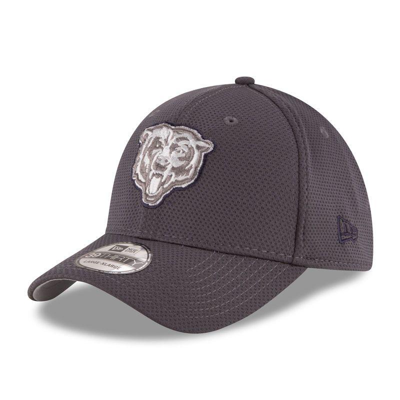 free shipping b5674 280e6 Chicago Bears New Era Tone Tech Redux 39THIRTY Flex Hat - Graphite
