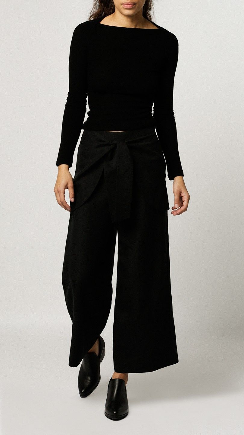 "Tie Waist Pant by Alasdair are a high-rise pant with a cropped culotte leg and waist-defining belt. Spun from silk and linen, these light-weight pants will leave you comfortable and on trend all day.   Measurements: Waist: 26"" Rise: 13"" Inseam: 25"" Leg Opening: 24"" Measurements from size 0  Model shown wearing size 0  - 70% Silk, 30% Linen - Dry Clean Only - Made in NY, Born in Brooklyn"