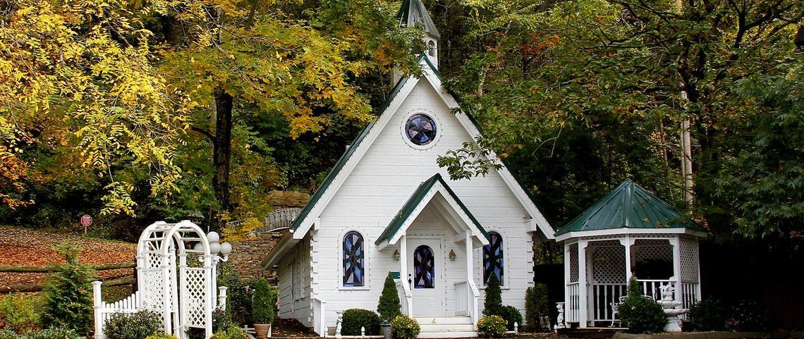 Gatlinburg Wedding Chapels And More
