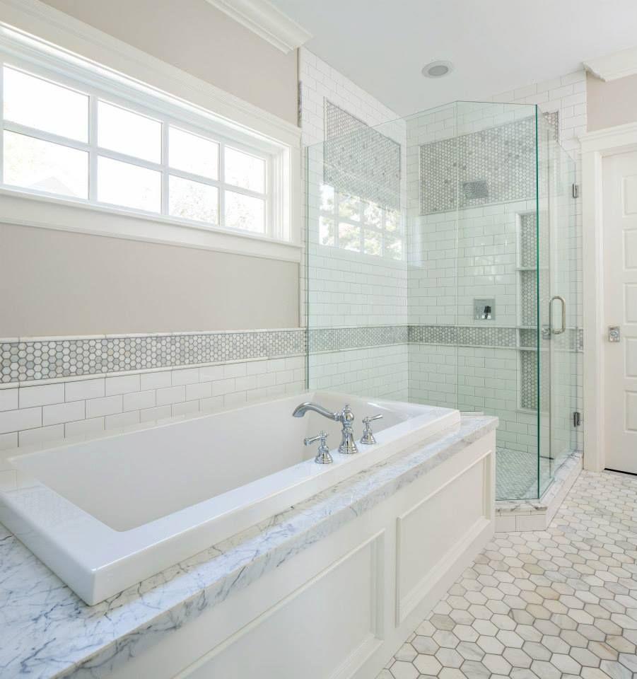 Elegant Hall Mack Bathroom Accessories