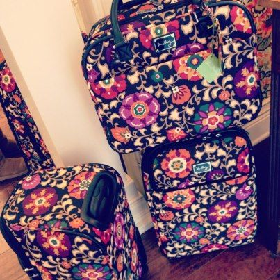 Cute matching luggage set from Vera Bradley for your next getaway ...