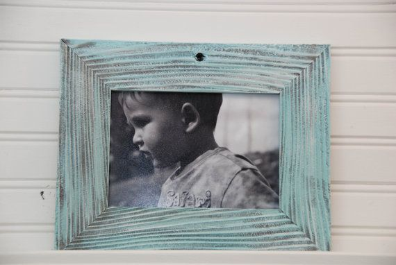 Reclaimed Wood 5 X 7 Blue Beach Picture Frame By Oceandecor 22 95 Barn Wood Frames Reclaimed Barn Wood Distressed Painting