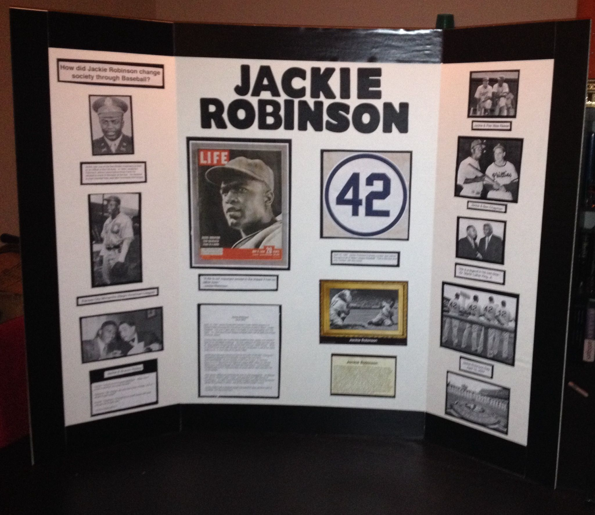 Daughters Social Stu S Board She Chose Jackie Robinson Amp His Social Impact On Baseball Very