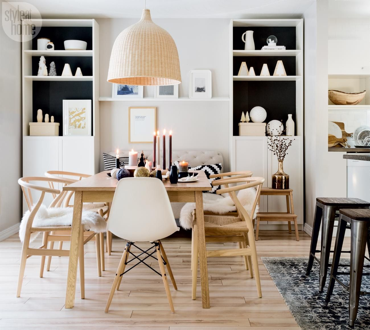 Modern scandi chic christmas home with norwegian style for Designer esstisch replica