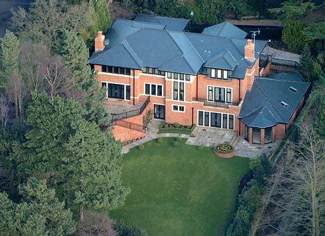 1000+ images about Cristiano Ronaldo House on Pinterest | Cristiano ronaldo, ...