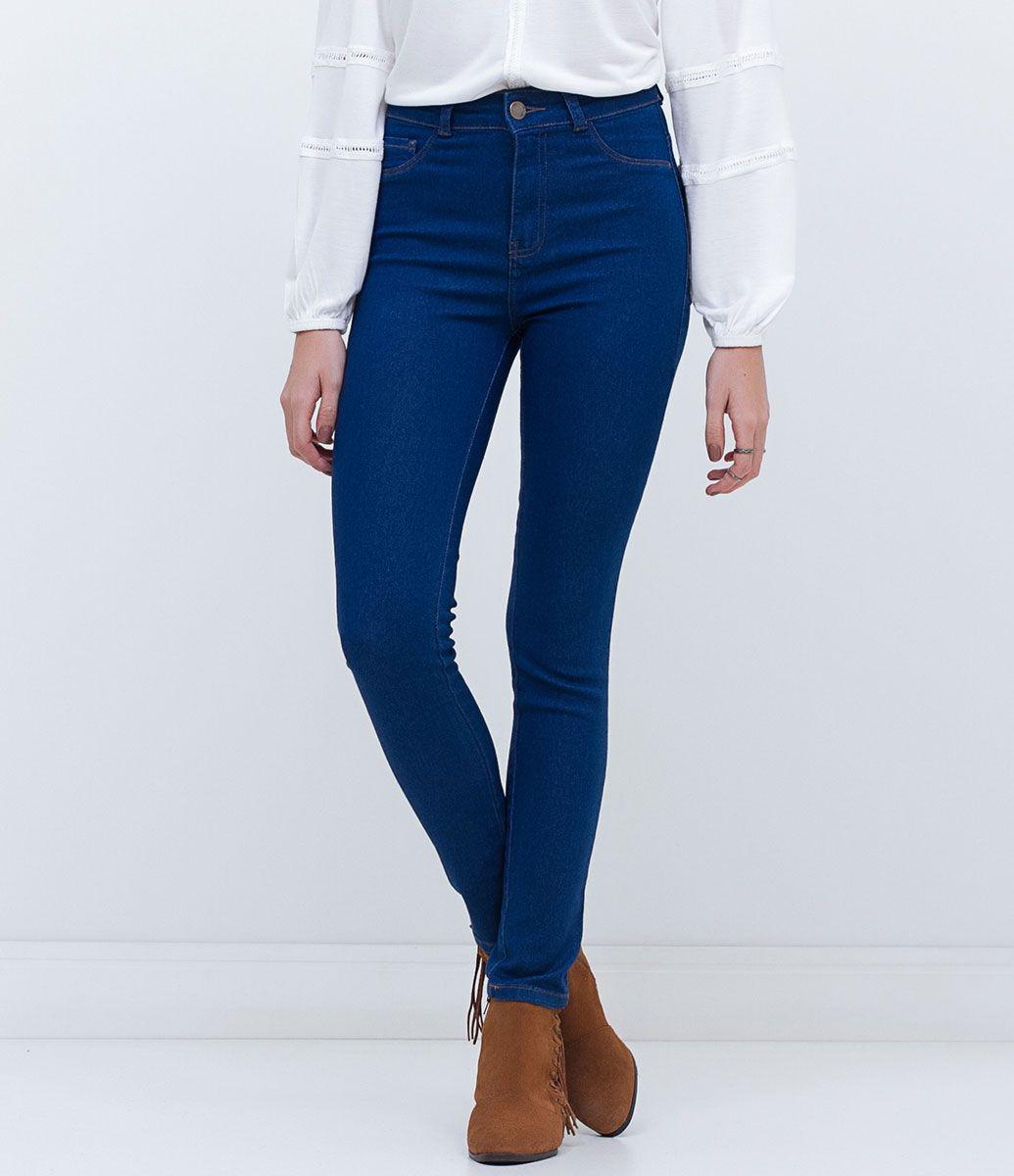 89d64faf29 Calça feminina Modelo skinny Cintura alta Barra alta Marca  Blue Steel  Tecido  Jeans Composição  77% algodão