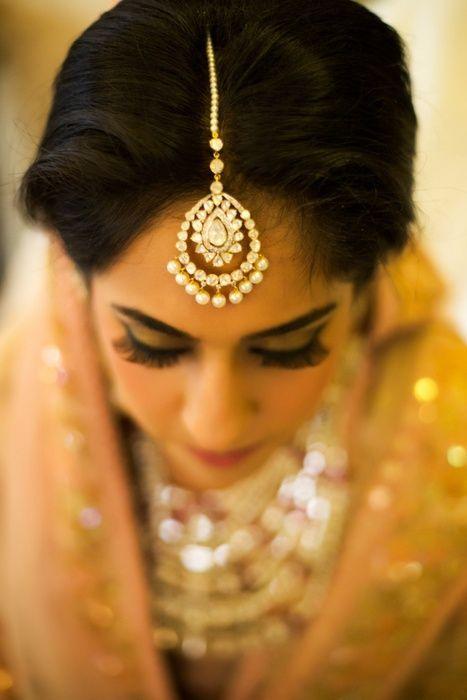 Nothing Screams Sophistication Like This Oval Jadau And Pearl Maang Tikka More Indian Bridal JewelryBridal