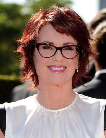 Peachy Megan Mullally Layered Short Red Hairstyle For Thick Hair Red Short Hairstyles Gunalazisus