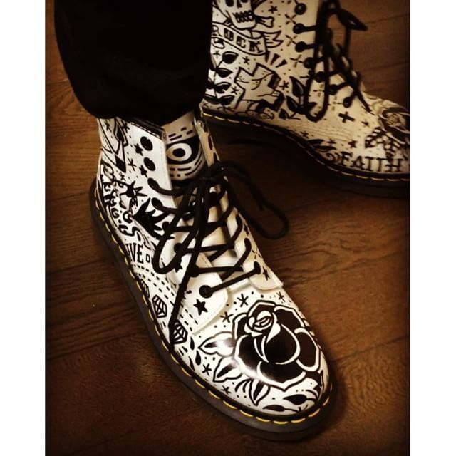 Drmartens Black Star Tattoo Fashion Ideas Dr Martens