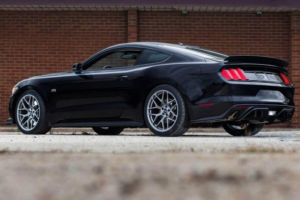 2015 MUSTANG GT COUPE | Vaughn Gittin Jr. Unveils The 2015 Mustang ...