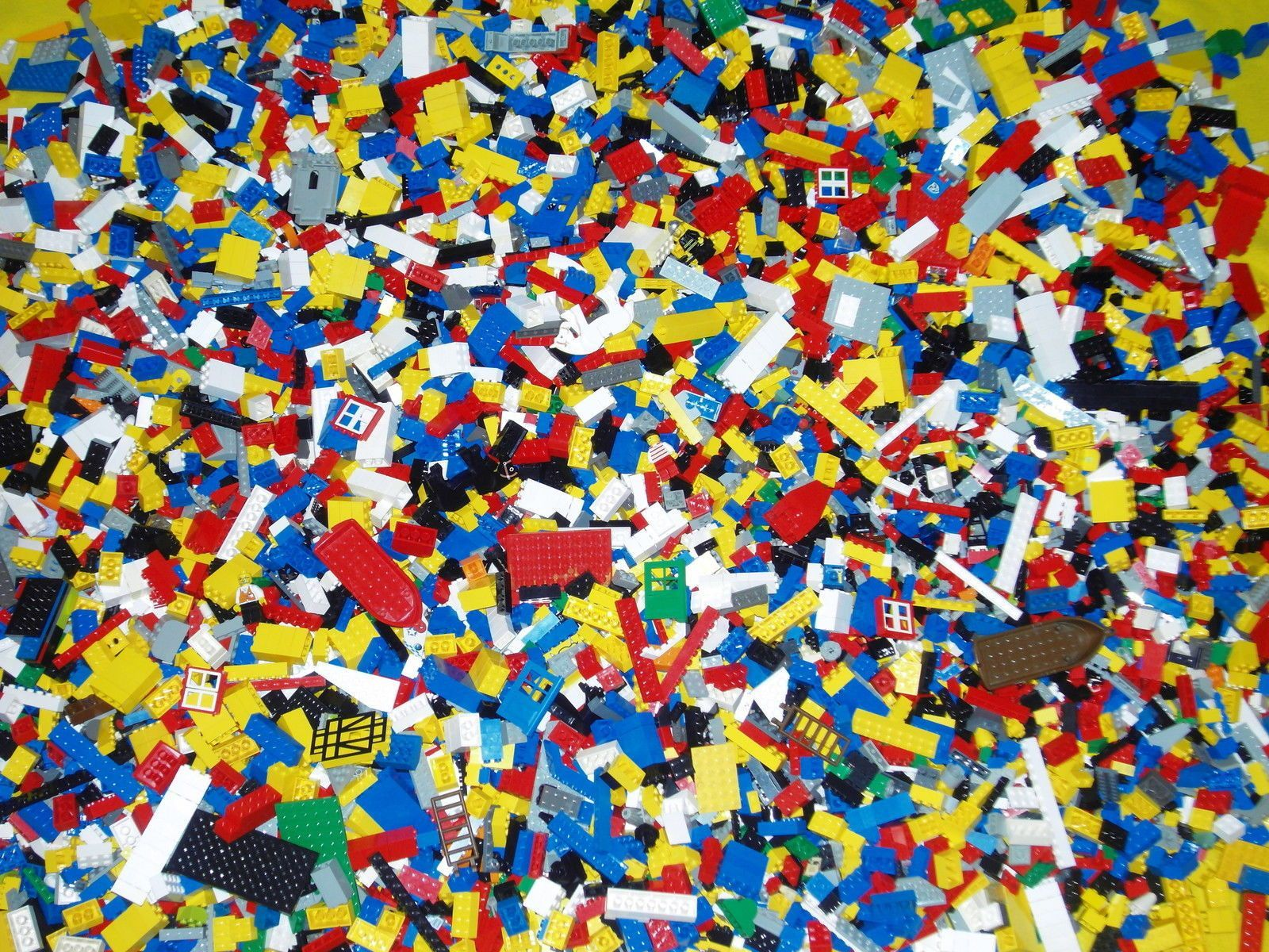 LEGO DUPLO Bricks 1kg of Random Assorted Parts /& Pieces All genuine Duplo