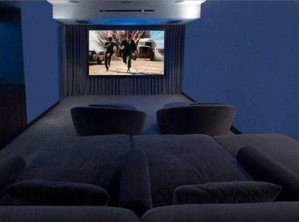 Homesthetics Matthew Perry Bachelor Pad Heimkino kino - beamer im wohnzimmer entfernung