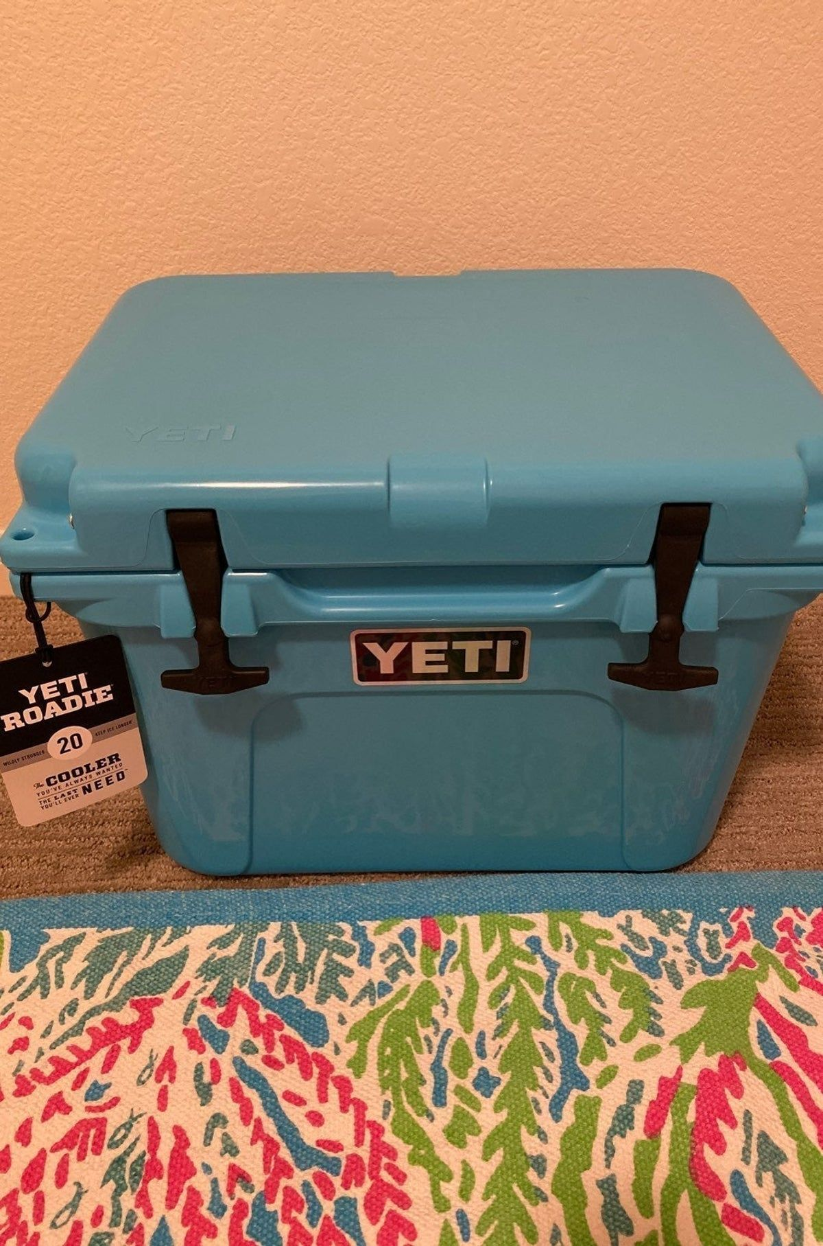 Pin By Paisley Grace On Yeti Coolers In 2020 Cooler Yeti Roadie Cooler Monogram