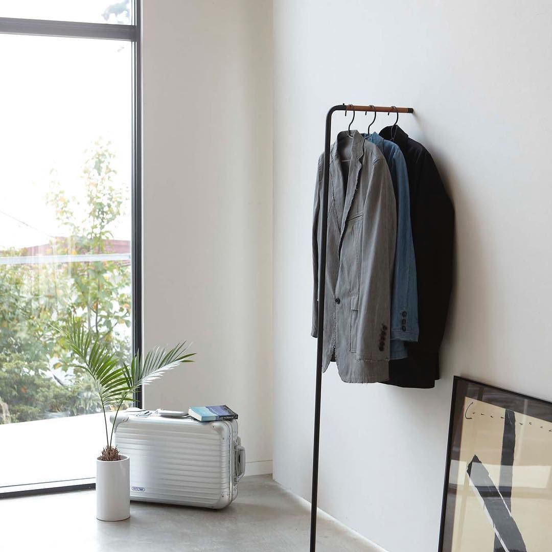 Make A Room For Your Frequent Outfit Tower Leaning Slim Coat