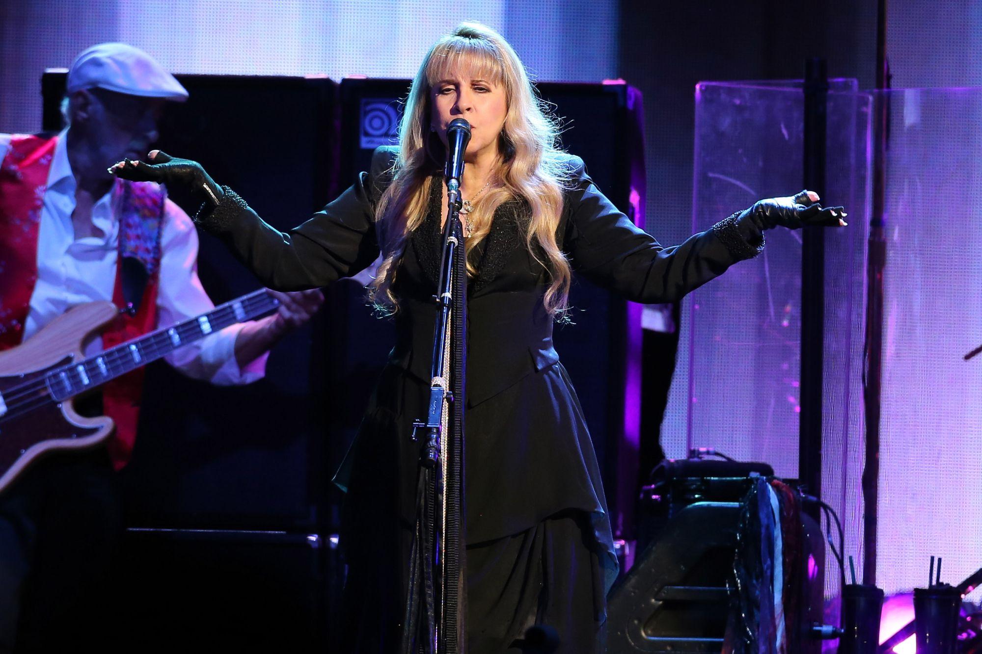 #MUSIC #SWD #GREEN2STAY Fleetwood Mac At MSG « CBS New York