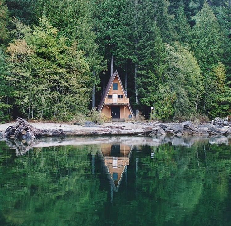 Pin By Dragolu On Cabin Fever Forest Cottage Tiny House Cabin Lake House