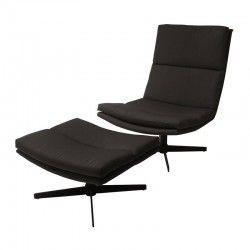 Prachtige set van HK living bestaande uit een stoel en voetenbank/ottoman. In deze industriële stoel is het heerlijk loungen!  De zwarte stoel en ottoman zijn ook los verkrijgbaar.  Afmeting stoel: 62x80x86cm