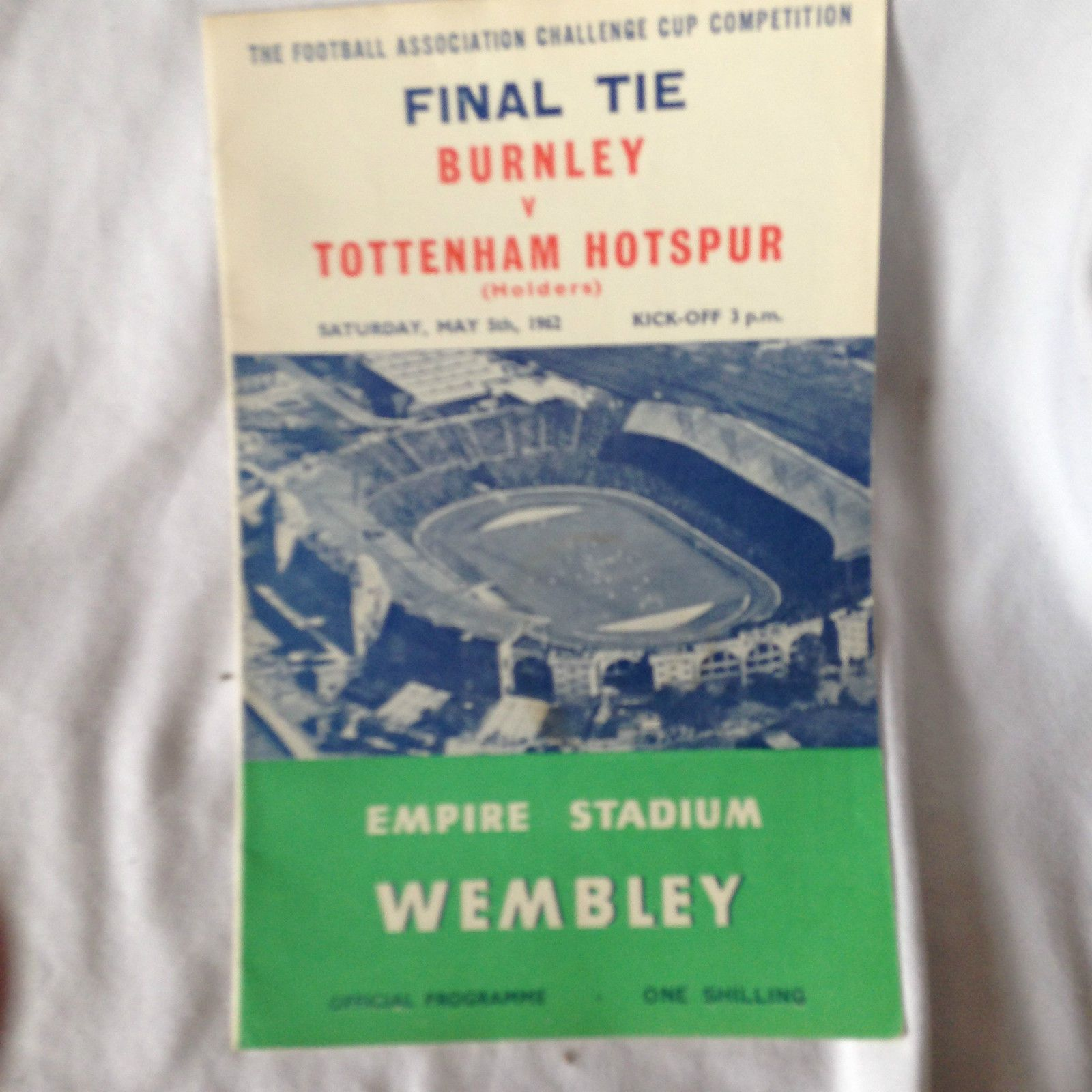 Burnley  v tottenham hotspur fa cup #final 1962 good #condition #spurs ,  View more on the LINK: 	http://www.zeppy.io/product/gb/2/112158299553/