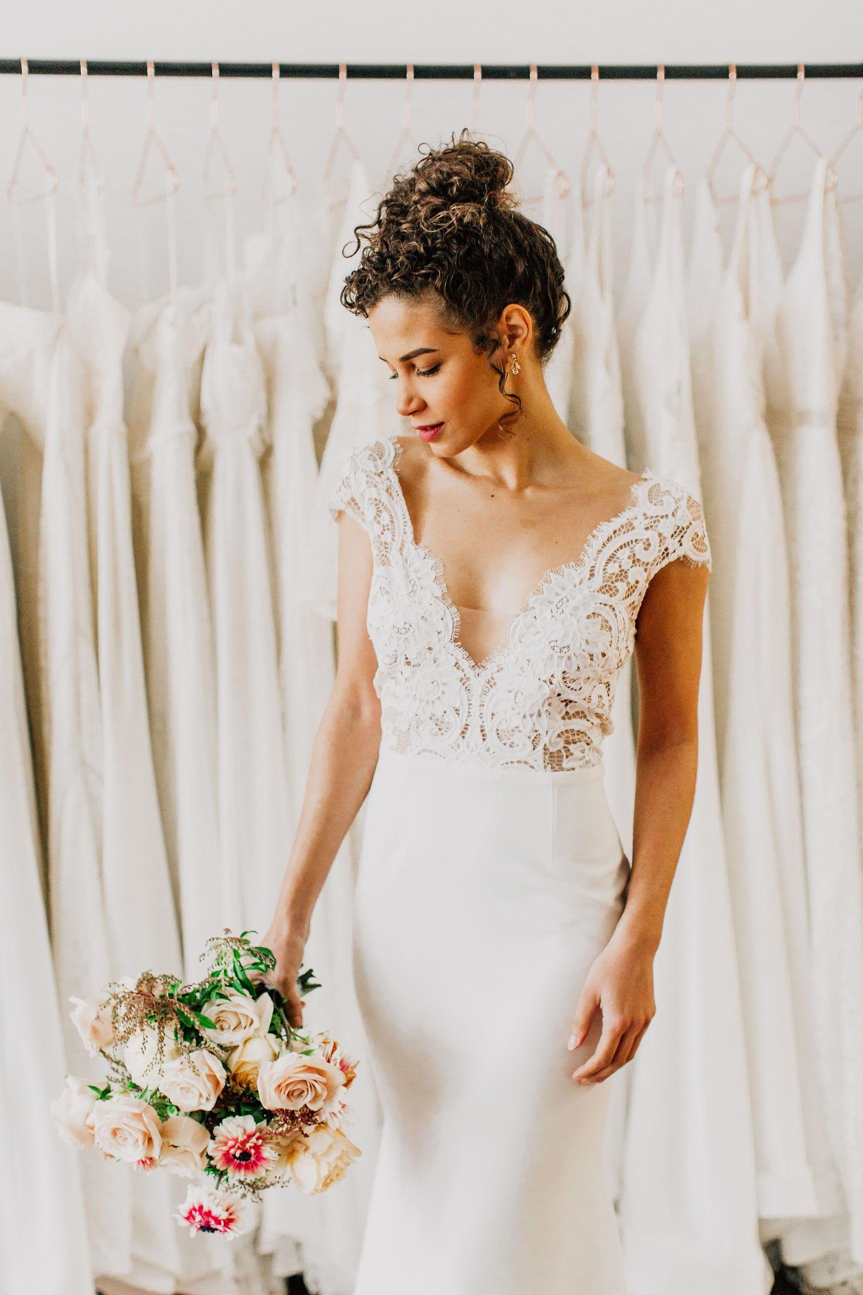 Annalise By Anais Anette 2019 Wedding Dresses Modern Wedding