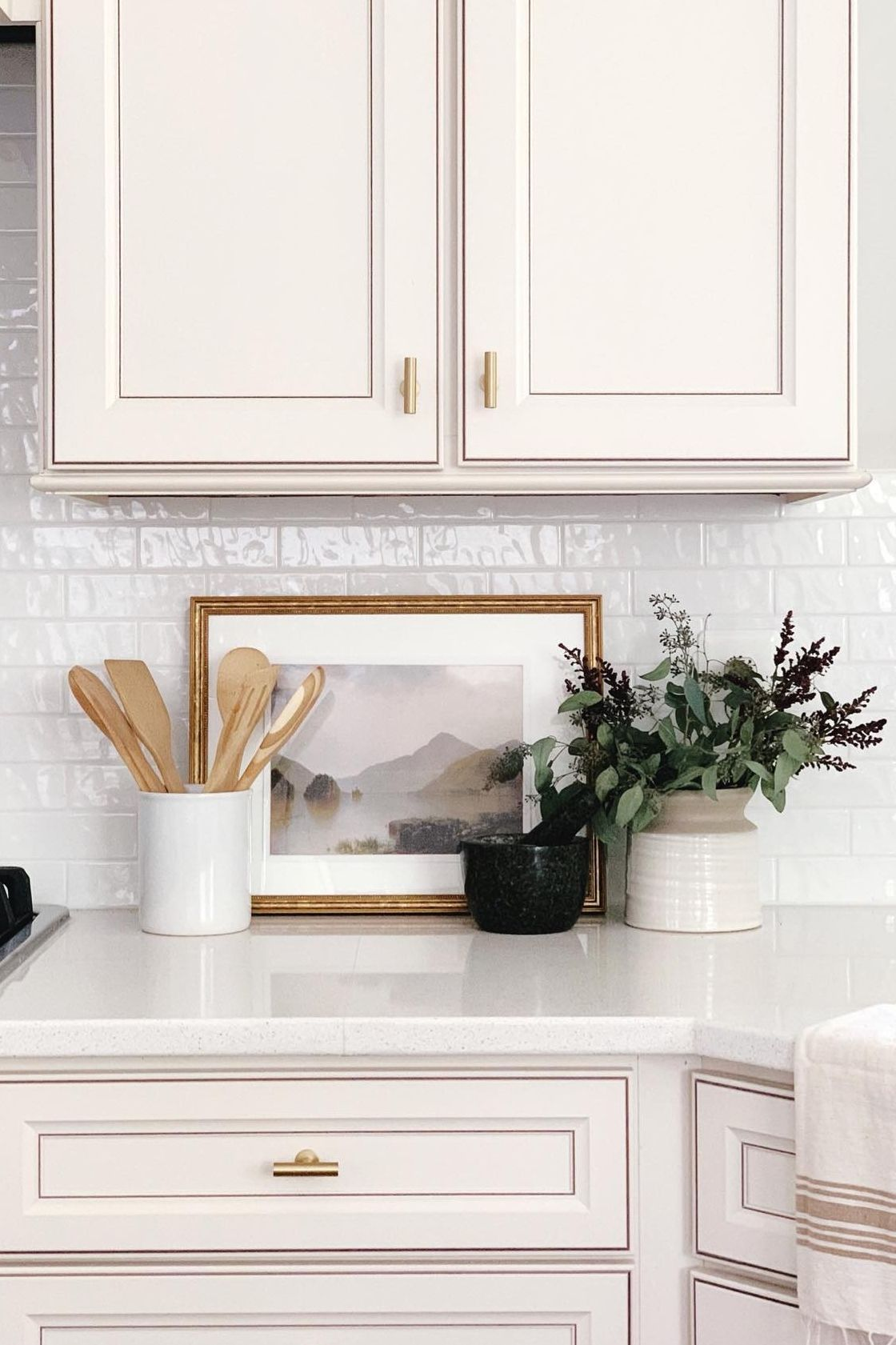 Upgrade Your Kitchen Countertop With Farmhouse Decor And Fake