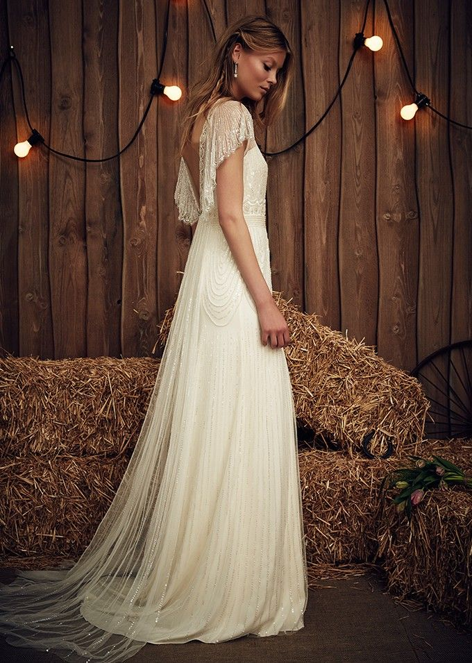 cbda4d90d How to match your dress to your venue: Tip and ideas to find the perfect  wedding dress to compliment your venue.