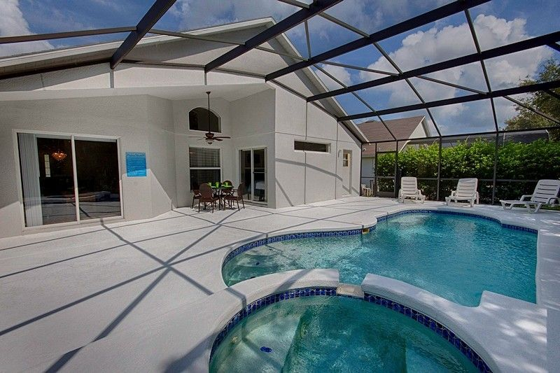 Villa Vacation Rental In Kissimmee From Vrbo Com Vacation Rental Travel Vrbo Pool Vacation Home Swimming Pools