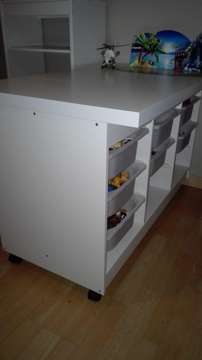 Une Table De Jeu Pour Playmobil Rangement Playmobil Table De Jeux Rangement Salle De Jeux