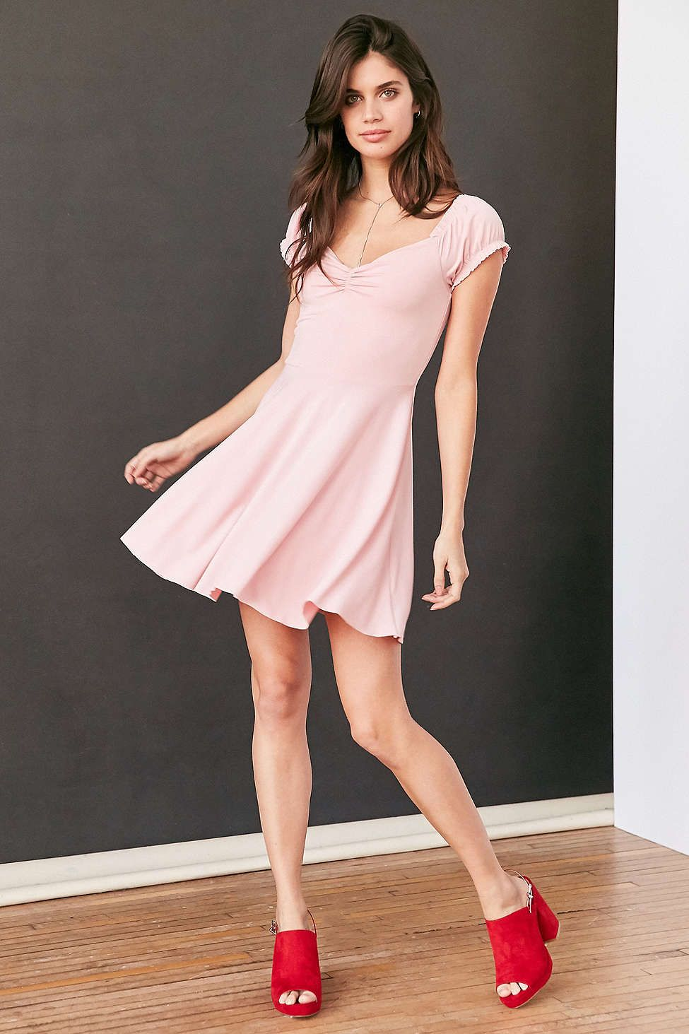 5d8ea21322ba Sara Sampaio - Kimchi Blue Julietta Cinched Off-The-Shoulder Mini Dress