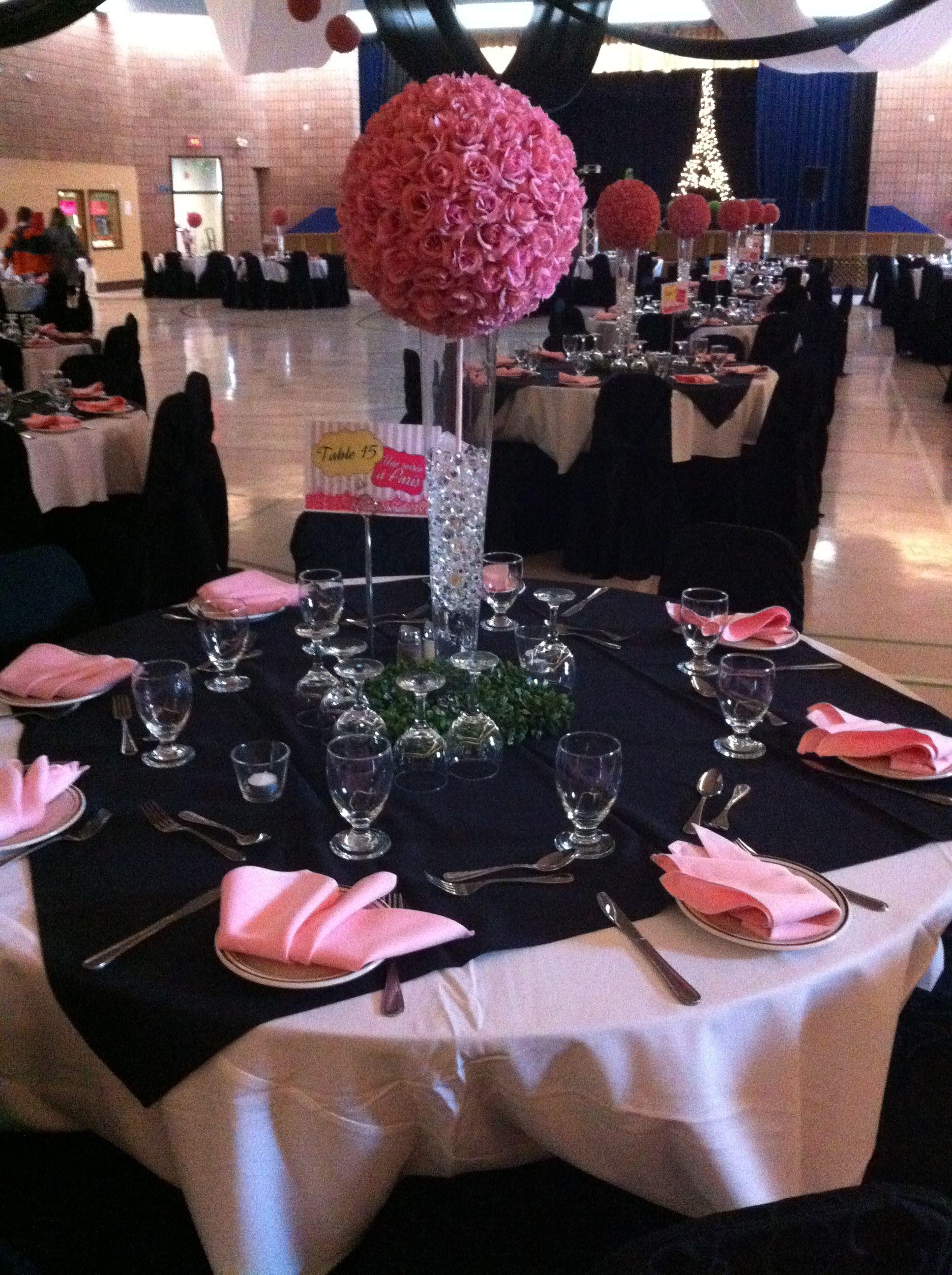 Paris Theme Black White And Pink Table Arrangement