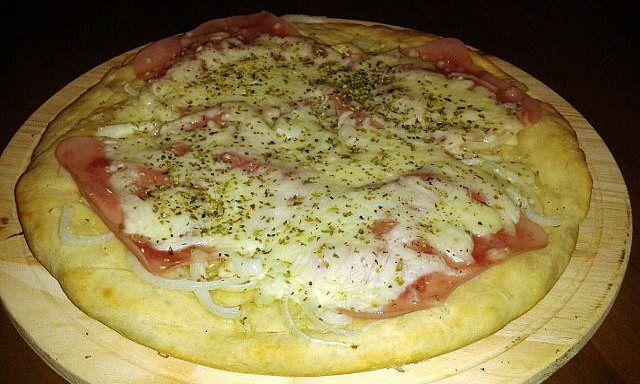 Fugazza Con Jamon Y Queso Pizza De Cebolla Jamon Y Queso