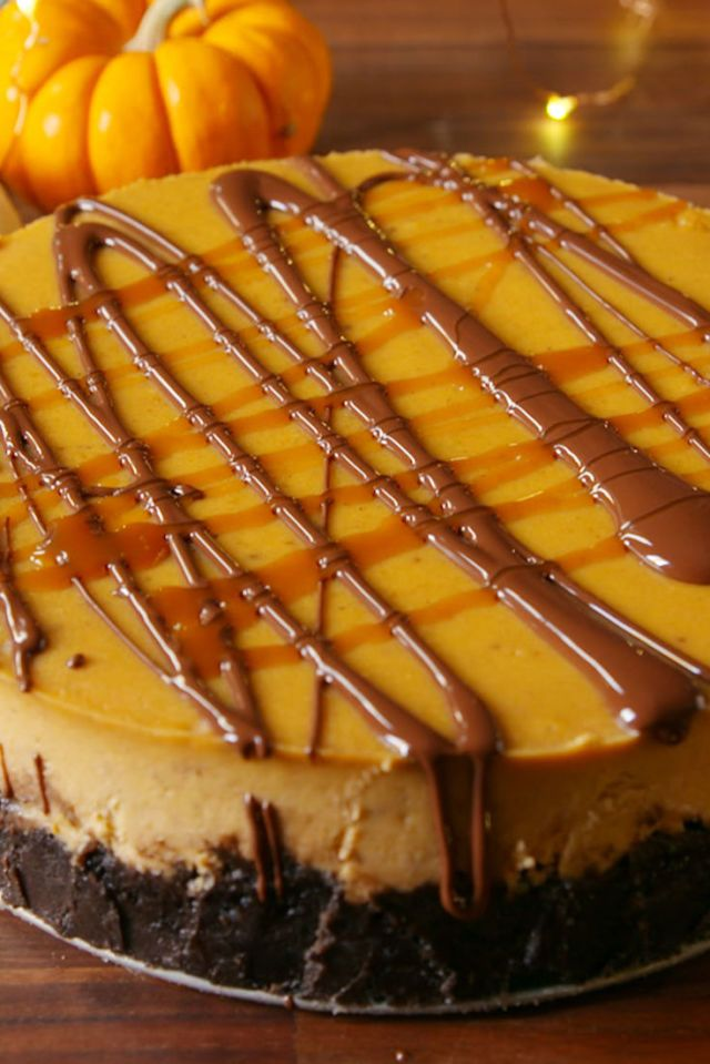 Chocolate Pumpkin Cheesecake Is So Much Better Than Pumpkin Pie Recipe Pumpkin Recipes Dessert Pumpkin Cheesecake Recipes Pumpkin Chocolate